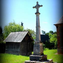 SaintGermainDesEssourts_Croix